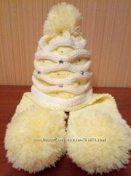 Нарядная теплая шапочка-шарф