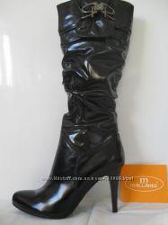 Сапоги кожаные  распродажа бренд Mallanee