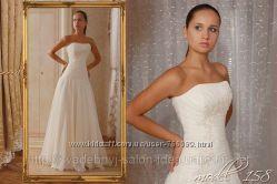 Свадебное платье с заниженным корсетом