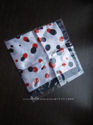 Модный платок в синий и красный горох на шею или голову 50х50 см