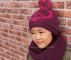 Теплая красивая шапка с съемным помпоном от TCHIBO