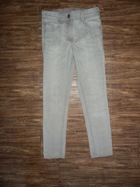 Джинсы узкие, скини серые 6- 7 лет 122 см