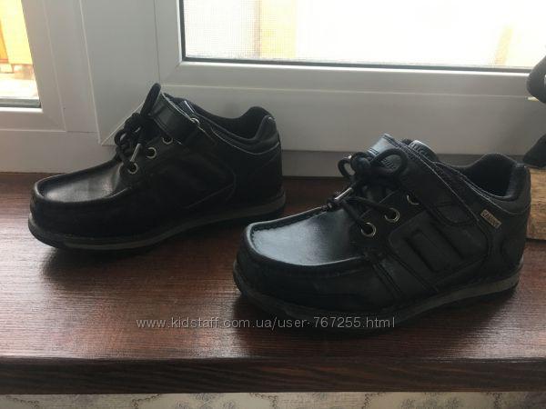 Ботинки туфли демисезонные 29 размер 11 19 см по стельке. Фирма Kangol