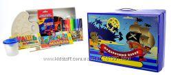 Подарочный набор для мальчиков Пираты  68 предметов
