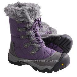 Женские зимние ботинки от Keen. Очень теплые, водонепроницаемые