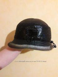 Кожаная шапка с норочкой
