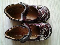 Удобные кожаные туфельки с супинатором 23р. , фирма PANDA , Турция