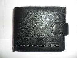 Кошелек мужской кожаный Bodenschatz. Код 105-330