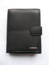 Портмоне мужское с отделениями для прав и паспорта Monice. Код 302В-1