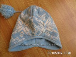 симпатична шапка на флісовій підкладці 51-53см