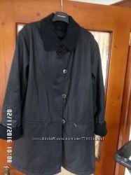 Демісезонна куртка ХL розмір.
