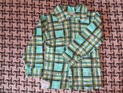 Яркая рубашка для мальчика