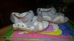 Продам детские босоножки М&М 23 размер