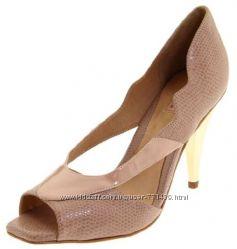 Новые бежевые туфли Samanta размер 38