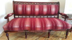 Антиквариатная мягкая мебель
