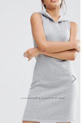 Теплое платье с капюшоном р. С