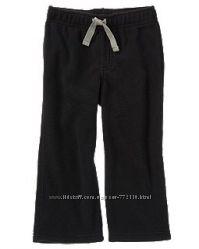 Практичные брюки из микрофлиса мальчику от Crazy8