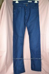 Синие джинсы H&M на высокий рост Новые