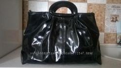 лаковая сумка для модниц