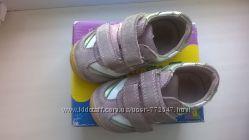 первые кроссовки для малютки