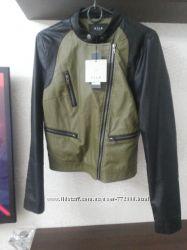 стильная курточка косуха