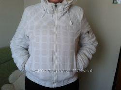 Женская очень теплая куртка бренда Fishbone