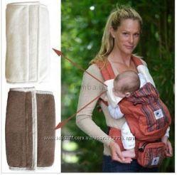 Накладки для сосания на лямки у рюкзам Ergo Baby