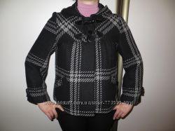 стильное пальто фирмы Atmosphere, женское, в отличном сост. р. 8, 36, 44