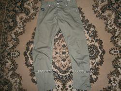 Хорошие молодежные штаны как новые