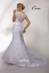 Дуже модне весільне плаття