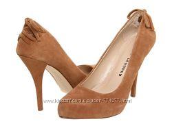 Нарядные, красивые замшевые туфли Chinese Laundry