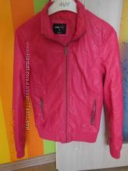 курточка -кожзам FBS  бренд размер S