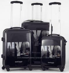 В наличии Большой чемодан  David Jones 8817 NYC