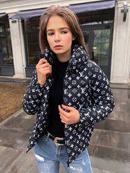 Женская куртка Лв черная демисезонная курточка весна осень экопух Louis Vui