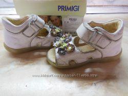 Босоножки кожаные на девочку Primigi 18 р. примиджи