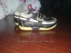 Продам ортопедические ботиночки туфельки