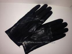 Черные кожаные перчатки Marks&Spencer