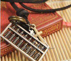 Ожерелье из натуральной кожи с ретро кулоном