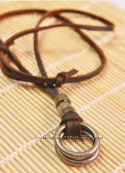 Ожерелье из натуральной кожи с ретро кулоном в виде двух колец