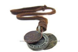 Ожерелье из натуральной кожи с кулоном Старинные монеты