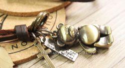 Ожерелье из натуральной кожи с кулоном Медвежонок