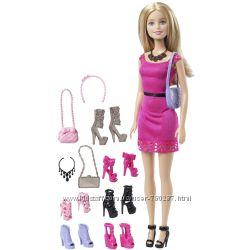 Барби с обувью Barbie Doll & Accessory