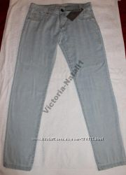 Джинсы голубые BERSHKA размер 38 М