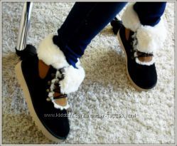 Зимние ботинки угги замшевые