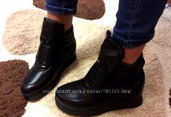 Сникерсы ботинки зимние