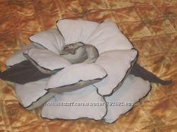 Декоративная подушка Цветок
