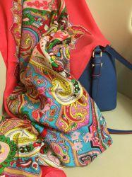 Платок в стиле Dolce&Gabbana