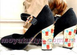 Бархатные туфли под  Dolce & Gabbana