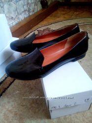 Туфли-лоферы и оксворды на девушек