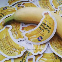 Банановая ночная маска Tony Moly Magic Food Banana Sleeping Pack 2 мл